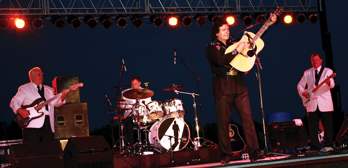 Stadium Theatre Official Site - Johnny Cash Experience by Terry Lee ...